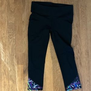 Fabletics  crop leggings
